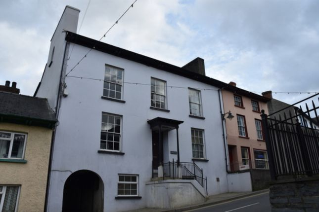 Thumbnail Flat to rent in Bridge Street, Newcastle Emlyn, Carmarthenshire