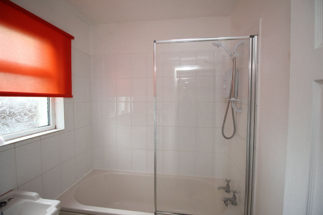 Bathroom of Tosson Place, North Shields, Tyne And Wear NE29