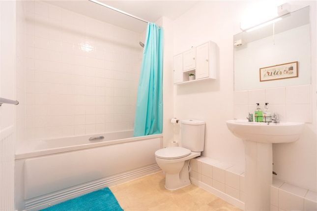 Bathroom of Engineers Court, Whitley Wood Lane, Reading RG2