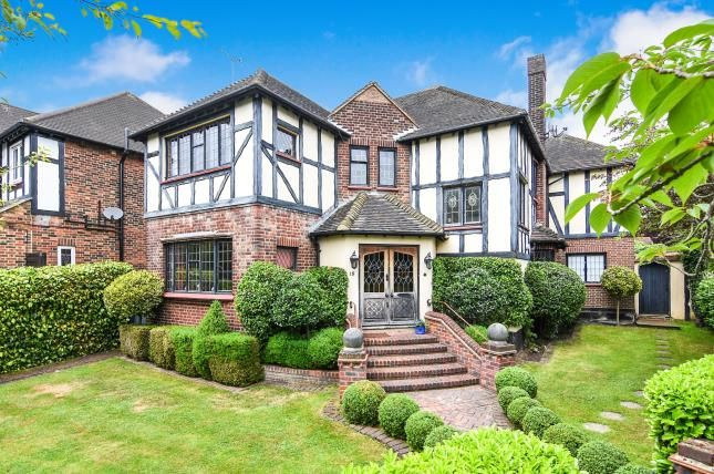 Thumbnail Detached house for sale in Chigwell, Essex