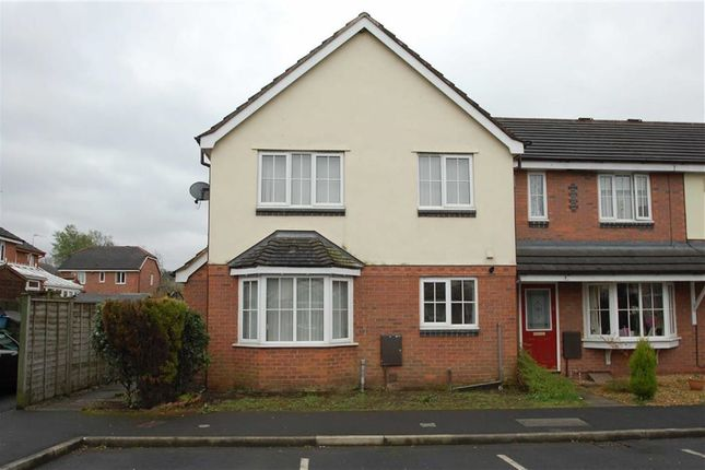 Thumbnail Town house to rent in Bramley Close, Oswaldtwistle, Lancashire