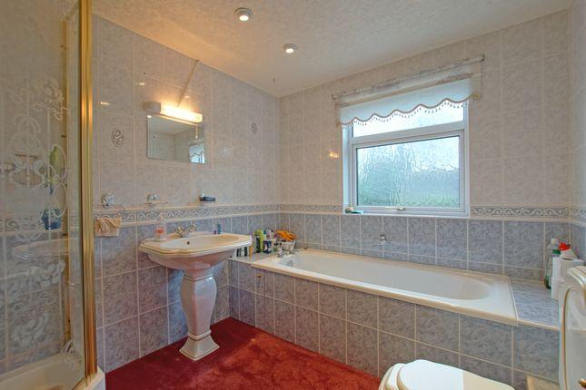 Bathroom of Twatling Road, Barnt Green B45