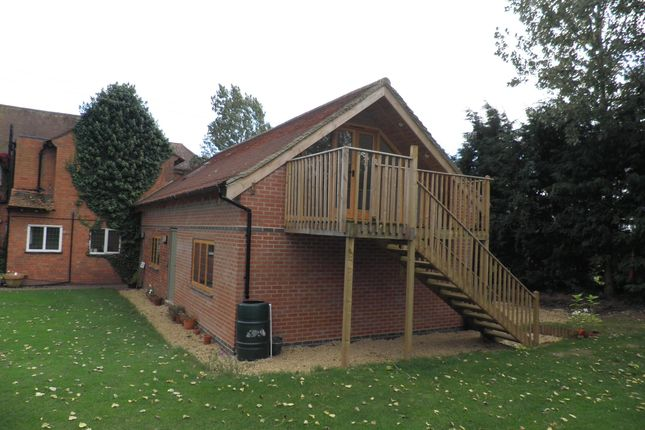 Studio to rent in Exhall, Alcester B49