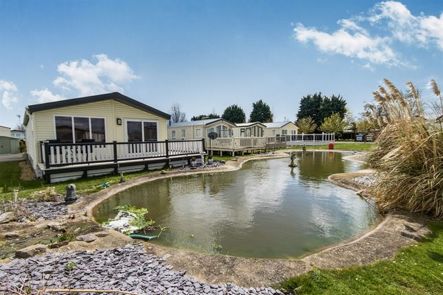 Thumbnail Mobile/park home for sale in Southview Park, Burgh Road, Skegness