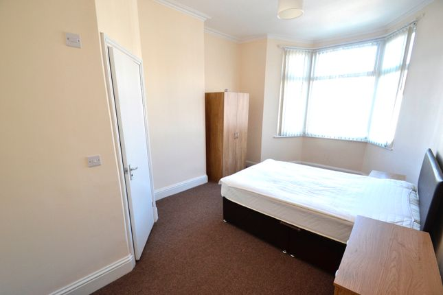 Thumbnail Flat to rent in Yew Tree Road, Liverpool