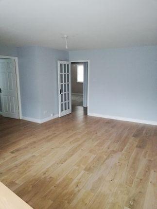 Flat for sale in Kirkland Drive, Enfield
