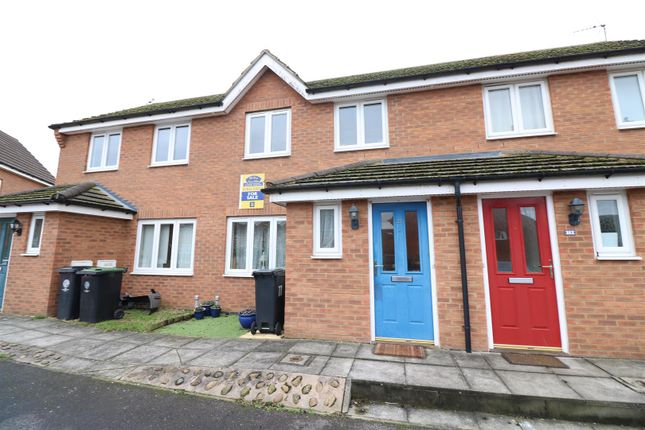 Thumbnail Terraced house for sale in Sunningdale Drive, Rushden