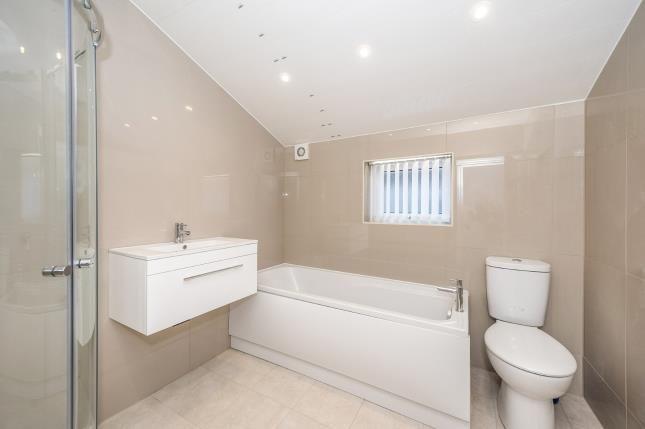 Bathroom of Dove Road, Liverpool, Merseyside L9