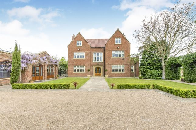 Thumbnail Detached house for sale in The Green, Misson, Doncaster
