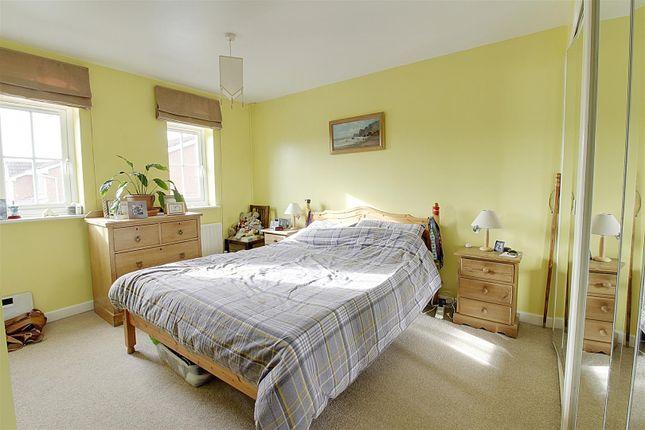 Bed 1 of Woburn Close, Market Deeping, Peterborough PE6