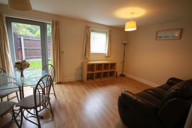 Thumbnail Town house to rent in Bradshaw Close, Park Central