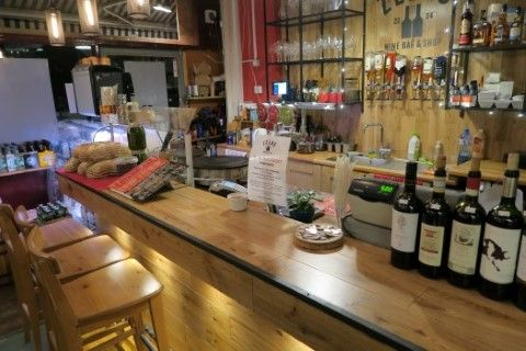 Thumbnail Pub/bar for sale in Cholmeley Close, Archway Road, London