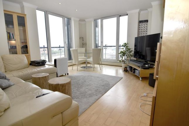 Thumbnail Flat to rent in Trade Tower, Battersea