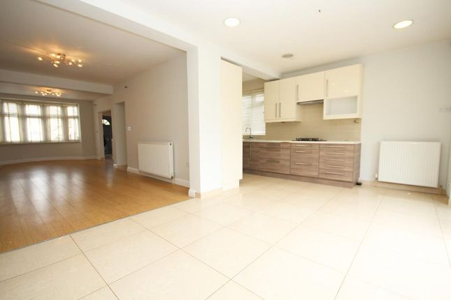 Thumbnail Semi-detached house to rent in Brook Avenue, Edgware, Middlesex