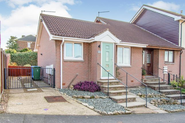1 bed terraced bungalow for sale in Herriot Grove, Bircotes, Doncaster DN11
