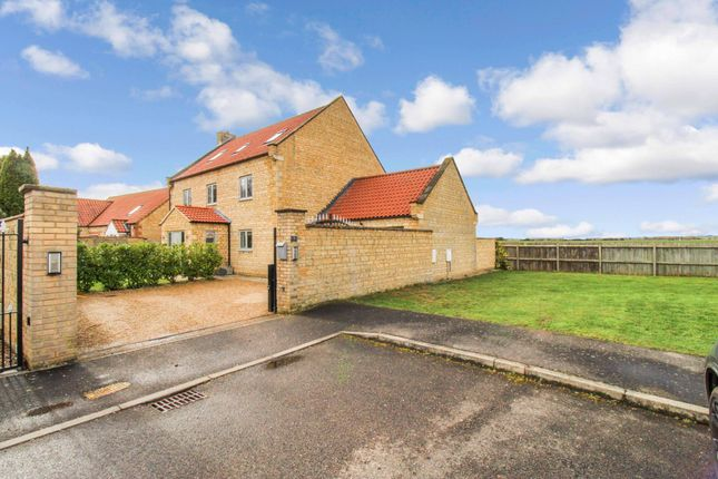 6 bed detached house for sale in Dickens Close, Langtoft, Market Deeping, Peterborough PE6