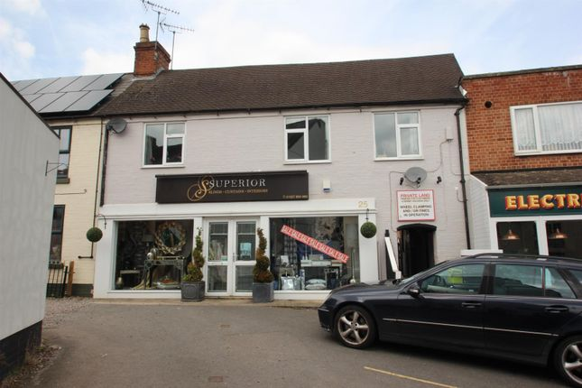 2 bed flat to rent in High Street, Studley B80