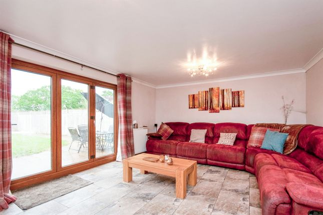 Thumbnail Detached house for sale in Hawkswood Road, Hailsham