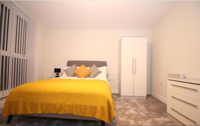 Thumbnail Flat to rent in Charles Street, Leicester