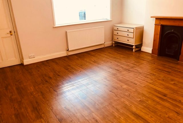 Thumbnail Terraced house to rent in Gerrard Road, Angel