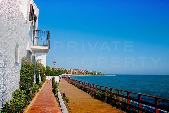 2 bed town house for sale in Marbella, Málaga, Spain