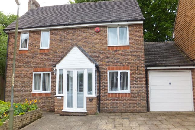 Thumbnail Property for sale in Black Horse Mews, Borough Green, Kent