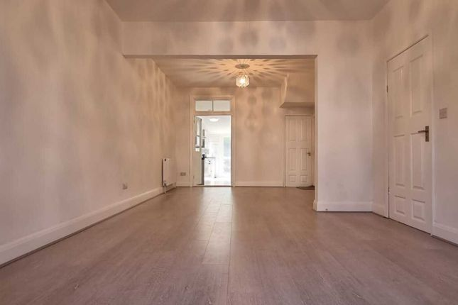 Thumbnail Terraced house to rent in Hambrough Road, Southall