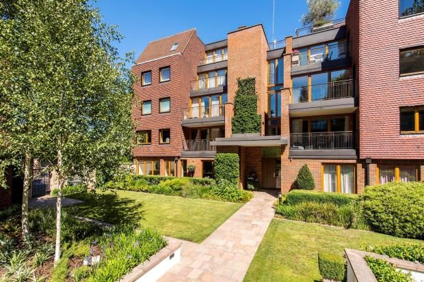 Thumbnail Flat for sale in Maple Court, The Woods, The Bishops Avenue, London