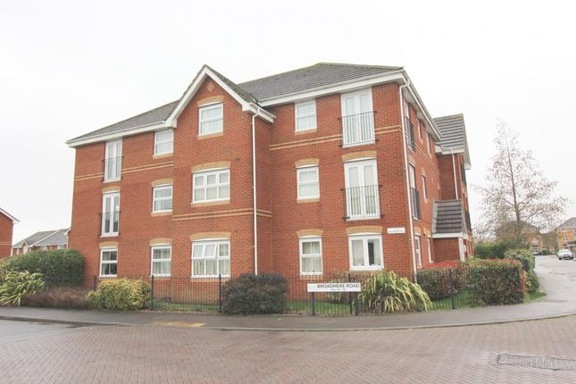 Thumbnail Flat to rent in Broadmere Road, Basingstoke
