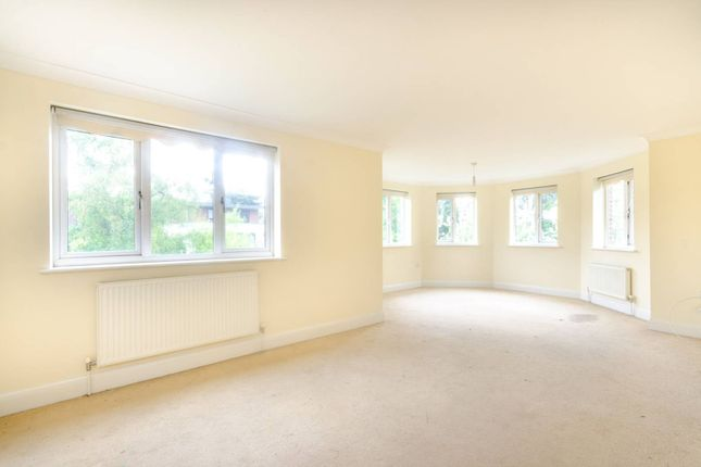 Thumbnail Flat to rent in Albemarle Road, Beckenham
