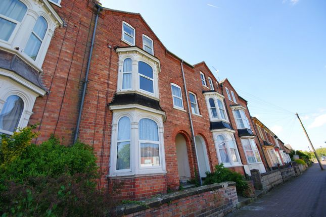 Thumbnail Flat to rent in Altham Terrace, Lincoln