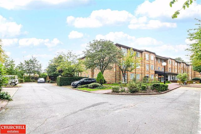 1 bed flat for sale in Ennerdale Court, Wanstead, London E11