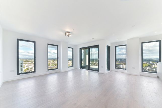 Thumbnail Flat to rent in Legacy Tower, 88 Great Eastern Road, London
