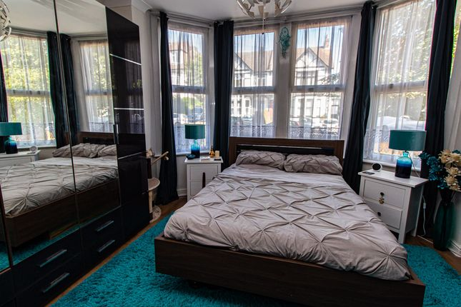 Bedroom of Valkyrie Road, Westcliff-On-Sea SS0