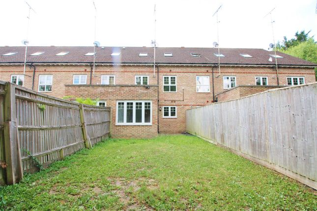 Img_8136 of Highbridge Close, Radlett WD7