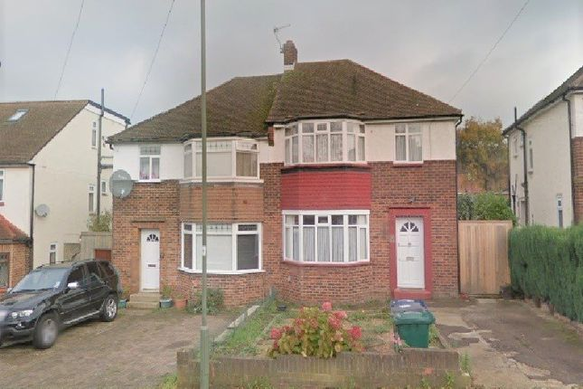 Thumbnail Terraced house to rent in Linthorpe Road, Cockfosters, Barnet