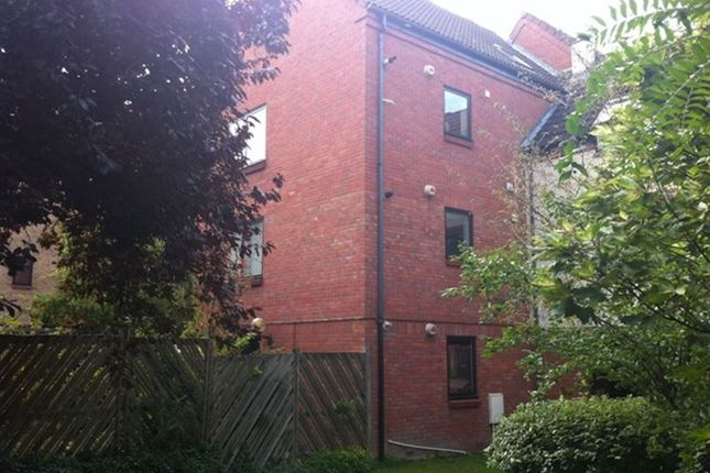 Thumbnail Maisonette to rent in Mulberry Close, Norwich