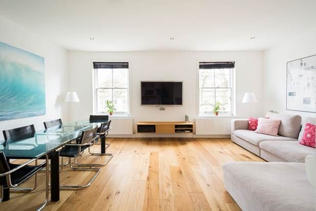 Flat for sale in Porchester Square, London
