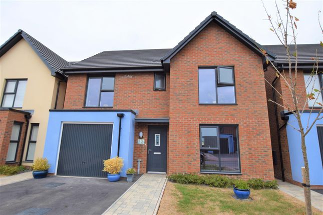 Thumbnail Detached house for sale in Heol Livesey, Barry