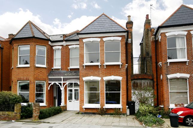 Thumbnail Property to rent in Morley Road, Twickenham