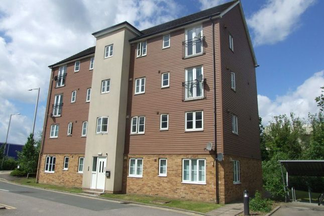 Thumbnail Property to rent in Lawford Bridge Close, Rugby