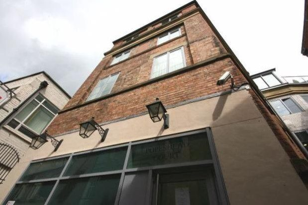 Thumbnail Property to rent in Popes Head Court, York
