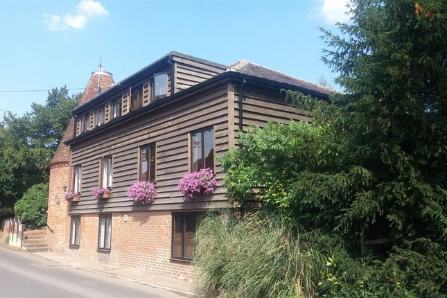 Thumbnail Barn conversion for sale in Yalding Hill, Yalding, Maidstone