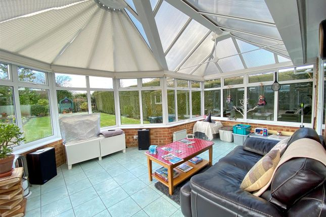 Conservatory of Coopers Lane, Bramley, Tadley RG26