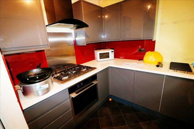 Kitchen of Dallow Road, Luton LU1