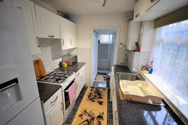 Kitchen of Parker Street, Watford WD24