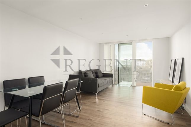 Thumbnail Flat to rent in Sandpiper Building, Woodberry Down