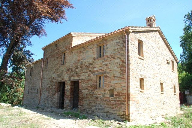 Picture No. 04 of New Build House, Penna San Giovanni, Le Marche