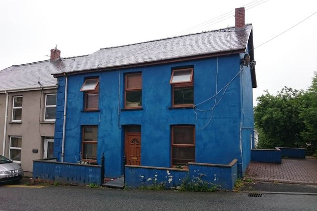 Thumbnail Flat to rent in High Street, St Clears, Carmarthenshire