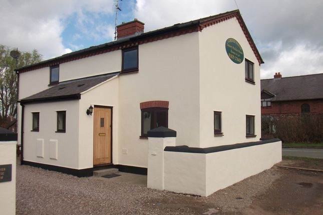 Thumbnail Cottage to rent in Corner House Farm, Parkside, Rossett